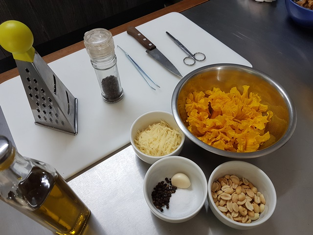 Pesto ipe amarelo